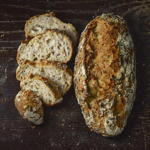 خبز بالحبوب المتنوعة 400ج